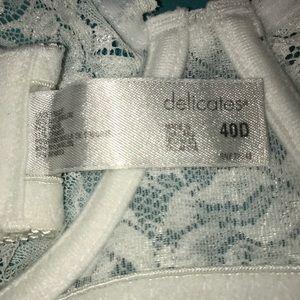delicates Intimates & Sleepwear - 36D Delicates White Lace Bra SO PRETTY!